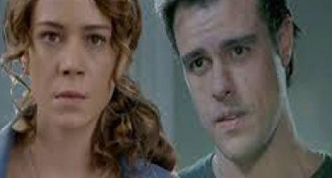 Império: Enrico se envolve com Cristina