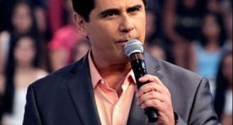 Teleton: César Filho se emociona ao vivo ao se despedir do SBT