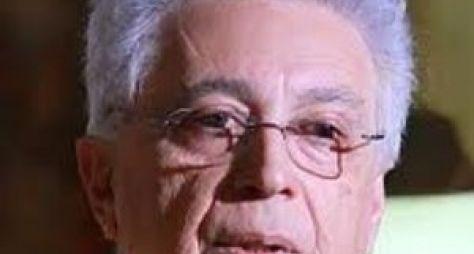 Aguinaldo Silva escreve sozinho os últimos capítulos de Império