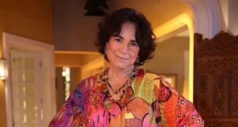 Regina Duarte é homenageada pelo Prêmio Quem