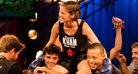 Karina vence campeonato de muay thai em Malhação