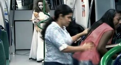 Programa Silvio Santos exibe nova pegadinha com Menina Fantasma