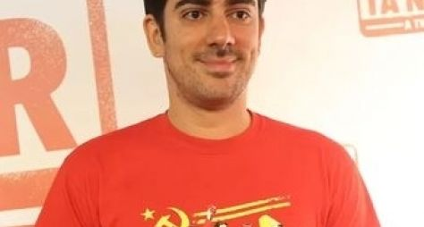 Marcelo Adnet gravará piloto de talk show para o fim de noite