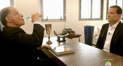 Roberto Cabrini tentará entrevistar um dos Marinho