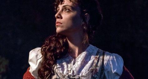 Conheça a personagem de Letícia Persiles em Além do Tempo