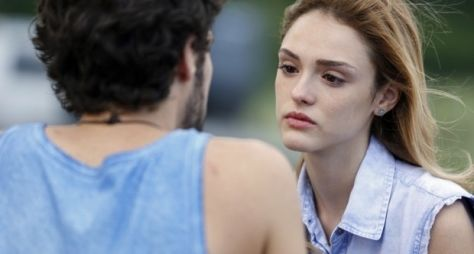 Sete Vidas: Pedro tenta reconquistar Júlia