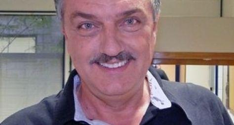Werner Schünemann volta à TV em Babilônia