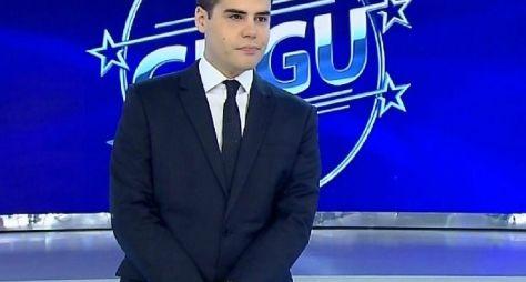 Luiz Bacci substitui Gugu esta semana na Record
