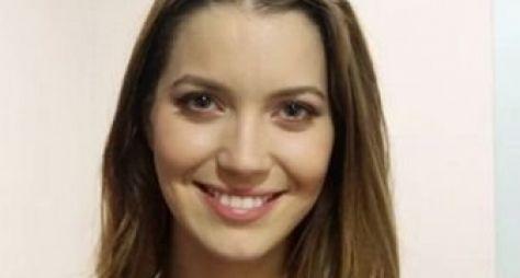 Atriz Nathália Dill é disputada por três autores na Globo