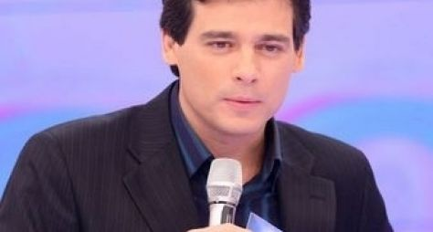 Celso Portiolli pode apresentar novo Viva a Noite no SBT