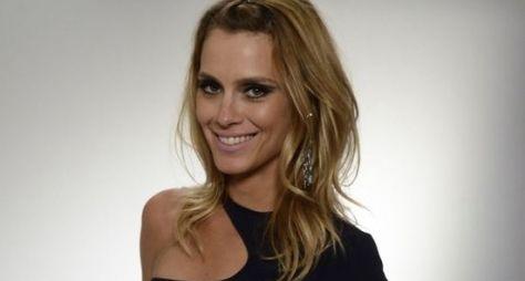 Sem convite para novelas, Carolina Dieckmann será apresentadora no VIVA