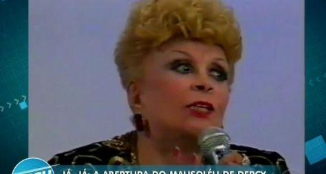Dercy Gonçalves queria Fernanda Torres encenando sua vida