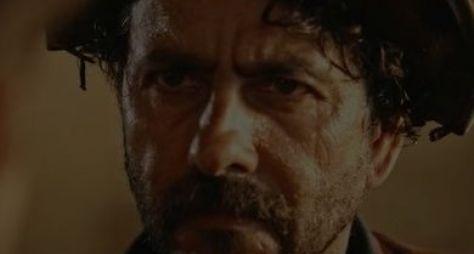 Velho Chico: Cícero tenta matar Santo