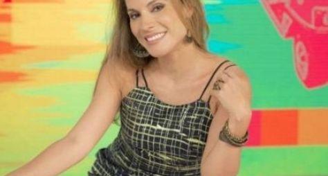 """Maíra Charken """"desaparece"""" da bancada do Vídeo Show"""
