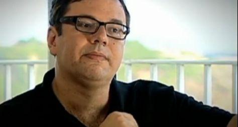 João Emanuel Carneiro deve supervisionar projeto enquanto espera retorno às 21h