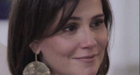 Deborah Secco estreia programa de entrevistas no Viva