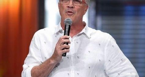 Pedro Bial inicia gravações de programa para o GNT
