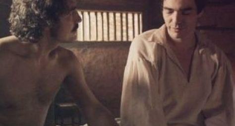Primeira cena de sexo entre homens da TV já tem data para ir ao ar