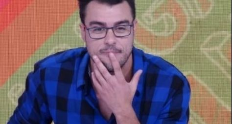 Globo renova contrato de Joaquim Lopes, que segue no Vídeo Show
