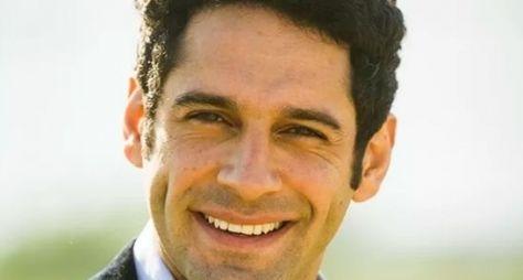 João Baldasserini celebra sucesso como protagonista de Haja Coração