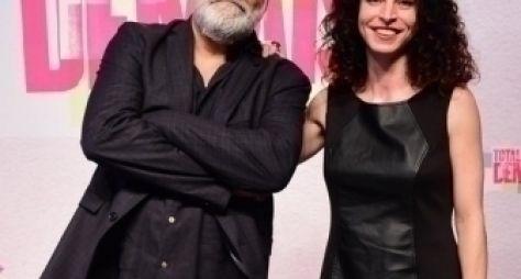 Rosane Svartman e Paulo Halm entregam sinopse de novela à Globo