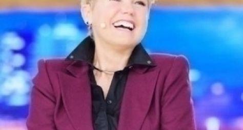 Xuxa disputará preferência do público com Luciano Huck