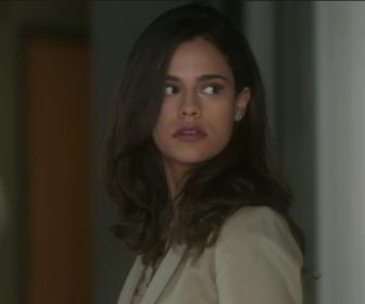 """A Lei do Amor: """"Ela é um monstro"""", diz Arianne Botelho sobre Aline"""