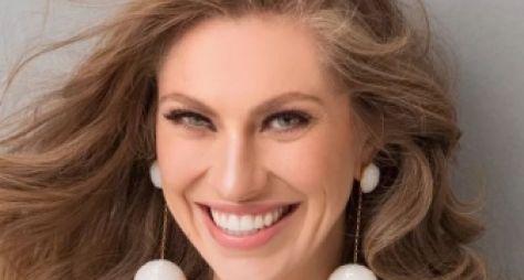 De volta em Rock Story, Lana Rhodes revela vontade de continuar na Globo