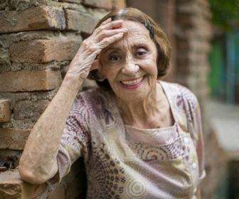 O retorno de Dona Sinhá a Arraial do Sol Nascente