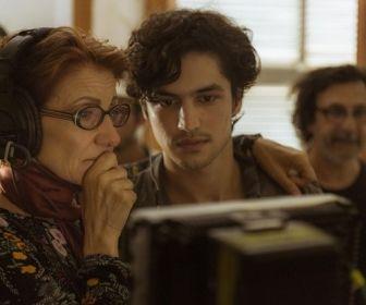 Os Dias Eram Assim: A emoção de Cássia Kis e Gabriel Leone nos bastidores