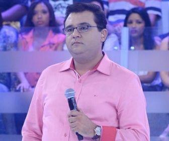"""Domingo Show alcança melhor audiência após """"apagão"""" do sinal analógico"""