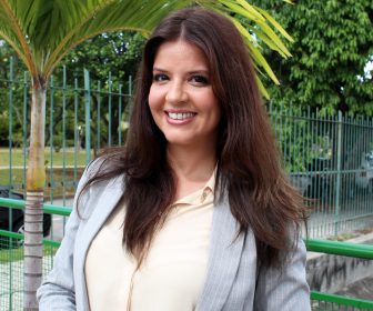 Mariana Santos comemora papel de vilã em Pega Pega