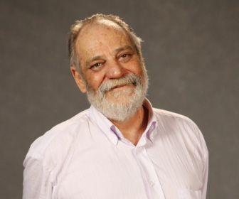 Walther Negrão acerta novo vínculo com a TV Globo