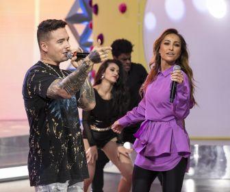 Sabrina Sato recebe convidado internacional e dança reggaeton