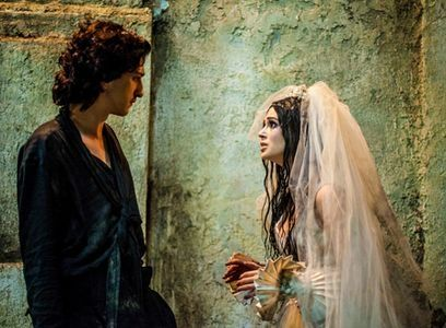 Gabriel (Johnny Massaro) e Malvina (Marina Ruy). Foto: Globo/Matheus Cabral
