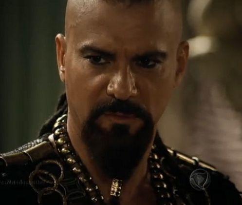 Leonardo Vieira em cena de Os Dez Mandamentos. Foto: Record
