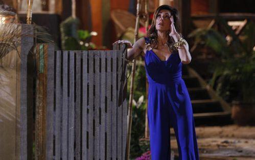 """Em crise nervosa, Tereza Cristina tem alucinações em """"Fina Estampa"""""""