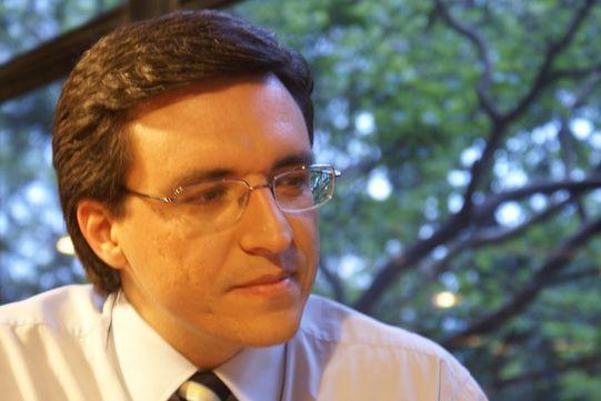 Record não tem interesse no jornalista Márcio Campos, que continua na Band
