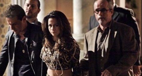 """Théo e Morena são presos na reta final de """"Salve Jorge"""""""