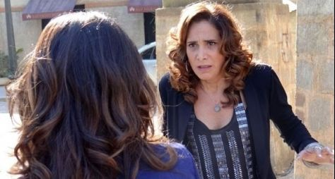 Plantão Salve Jorge: Wanda foge da polícia e fica cara a cara com Morena