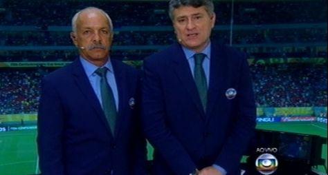 Ao vivo na Globo, Cléber Machado pergunta audiência da concorrência