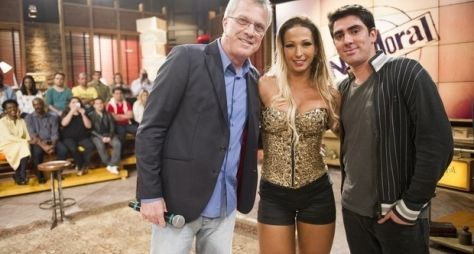 """Na Moral"", da Globo, recebe ex-participante do reality ""A Fazenda"""