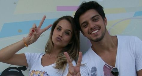 Casal da nova novela das sete da Globo estariam namorando