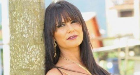 """Carla Cabral vai aparecer bem sexy em """"Pecado Mortal"""""""