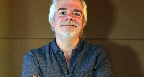 """""""O meu objetivo é recuperar o público que já foi da Record"""", diz Carlos Lombardi"""