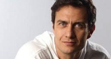Gabriel Braga Nunes será disputado por quatro mulheres em novela