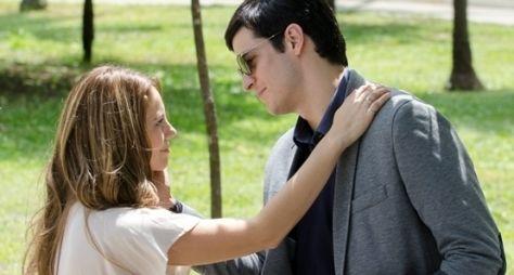 Amor à Vida: Paloma e Félix se enfrentam