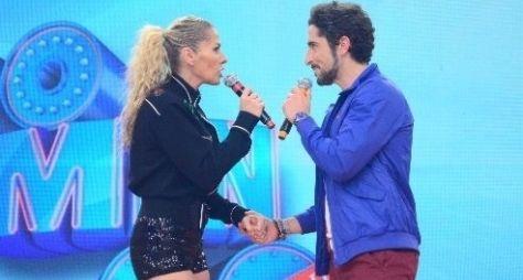 """""""Legendários"""" recebe Adriane Galisteu e o cantor Leonardo"""