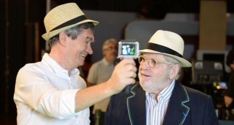 """Serginho Groisman mostra bastidores de campanha da Globo no """"Altas Horas"""""""