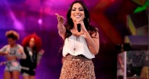 "Anitta e Paula Fernandes gravam ""Sai do Chão"""